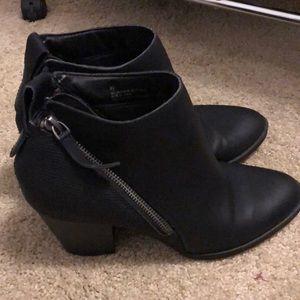 dolce vita target black ankle zip booties 8.5